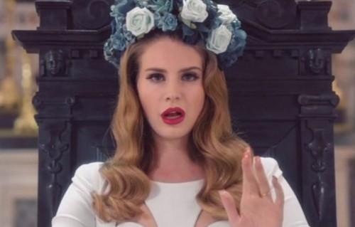 "Lana Del Rey sul set di ""Born to Die"""
