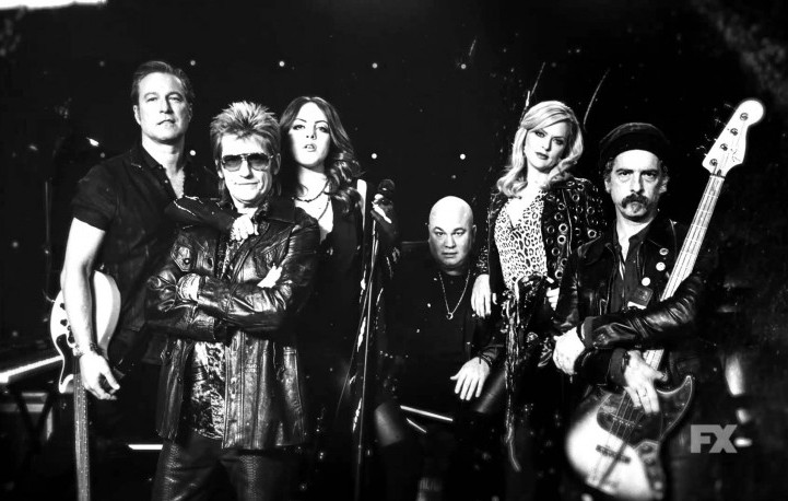 """Il cast di """"Sex and Drugs and Rock and Roll"""". Foto: Facebook"""