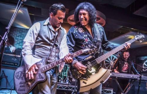 Gene Simmons e Johnny Depp live al Lucky Strike. Fonte: Facebook. Credits : Tamea