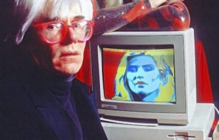 Andy Warhol e Debbie Harry alla presentazione Amiga 1000 nel 1985