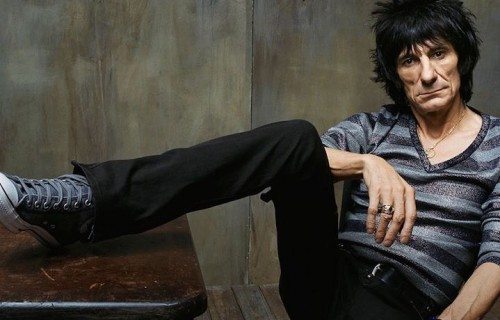 Ronnie Wood torna a quand'era un rocker 17enne della swinging London che baruffava con gli Who