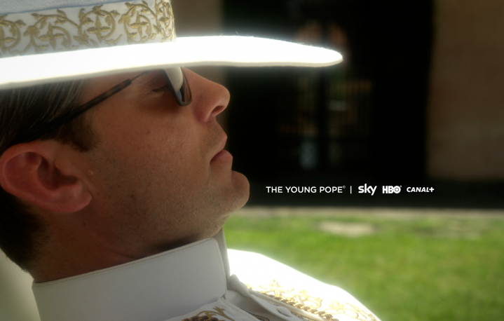 "Jude Law nella prima immagine di ""The Young Pope"""