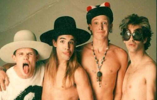 I Red Hot Chili Peppers in tempi d'oro - Foto via Facebook