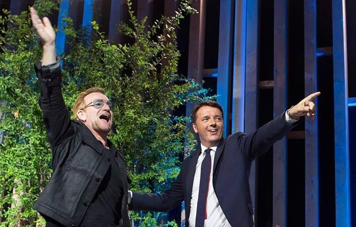 Bono Vox e Matteo Renzi a Milano per Expo 2015 - Foto via Facebook