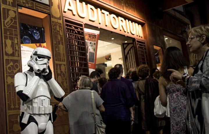 Un trooper di fronte all'Auditorium. Foto: Marco Zanolin