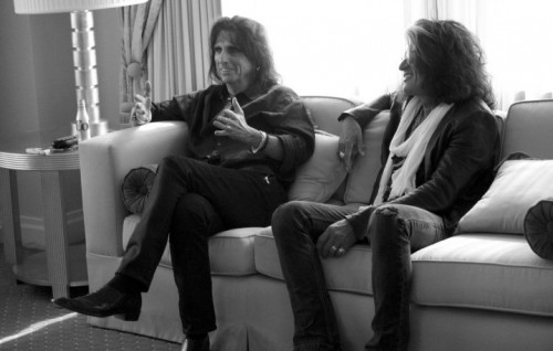 Alice Cooper e Joe Perry, uniti in un supergruppo. Fonte: Facebook