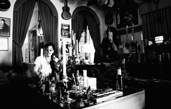 Hollywood Vampires è il nome del super gruppo di Johnny Depp, Alice Cooper e Joe Perry