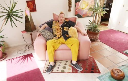 John Lydon, aka Johnny Rotten, è nato a Holloway, nord di Londra, il 31 gennaio 1956. qui è nel salotto della sua villa a Malibu. Foto: Magdalena Wosinska