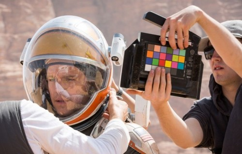 "Una scena di ""The martian"" con Matt Damon, e di Ridley Scott"