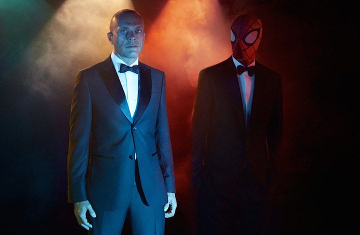 Max Pezzali: total look Z ZEGNA; Spiderman: total look DSQUARED²