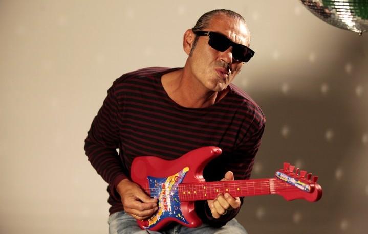 Luca Carboni, 53 anni