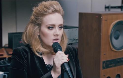 Adele ha (più o meno) ricevuto le scuse di Visconti