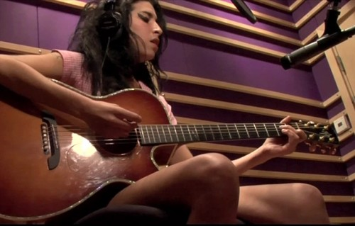 "Un frame dal documentario ""Amy"""