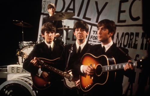 La Gibson acustica di Lennon è stata venduta per oltre due milioni di dollari. Foto: Julien's Live