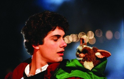 "Zach Galligan in una scena di ""Gremlins"", 1984"