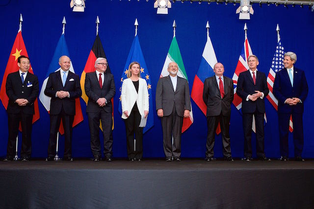 John Kerry alle negoziazioni per il programma nucleare iraniano a Losanna. Foto US State Department, Flickr
