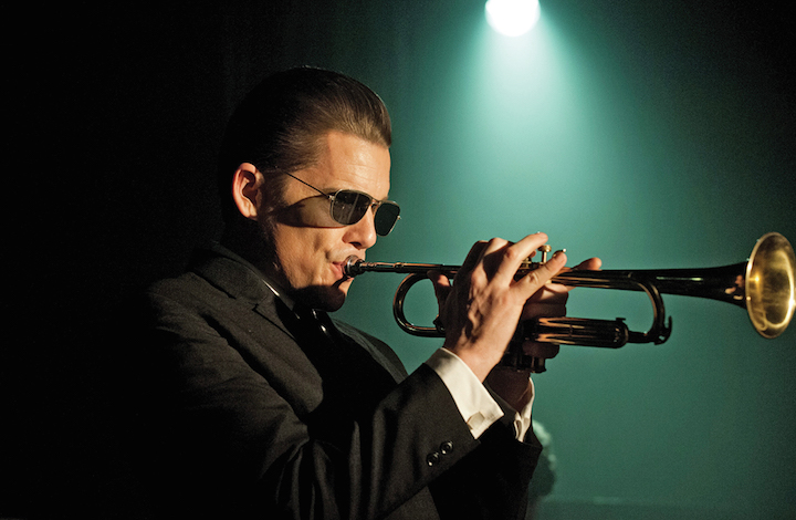 "Ethan Hawke in ""Born to be Blue"", il film su Chet Baker"