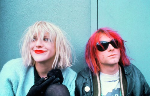 "Courtney Love e Cobain insieme in un'immagine da ""Montage of Heck"""