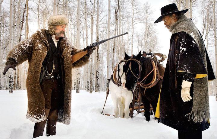 Kurt Russell e Samuel L. Jackson in una scena del film