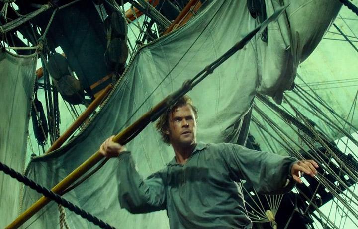 """Chris Hemsworth è al cinema dal 3 dicembre con """"Le origini di Moby Dick"""" di Ron Howard"""