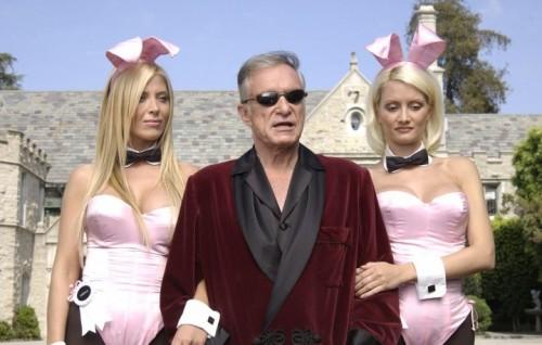L'umile dimora di Hugh Hefner è in vendita, Playmate escluse. Ma l'usufrutto a vita dovrebbe rimanere al noto editore, trattandosi quindi di una nuda proprietà