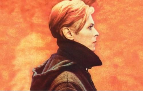 """David Bowie sulla cover di """"Low"""" del 1977, il primo album della cosiddetta """"trilogia berlinese"""" composta da, per l'appunto, questo disco, """"Heroes"""" e """"Lodger"""""""