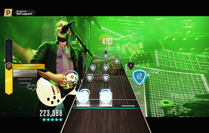 Un frame del nuovo video dei Def Leppard