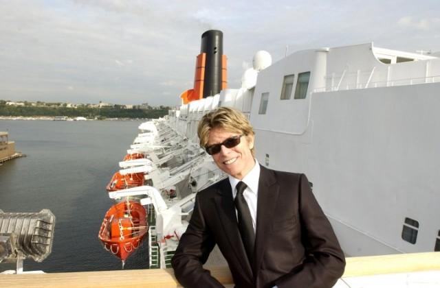 Bowie a bordo della Queen Elizabeth II. Foto: Theo Wargo/WireImage