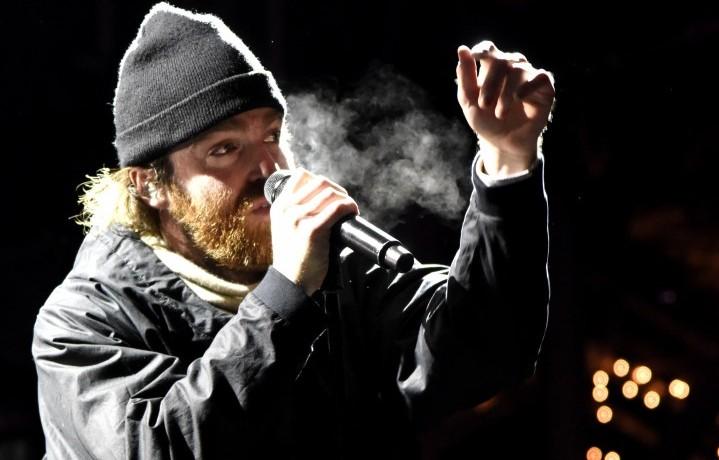 Chet Faker nell'esibizione al Snowglobe Music Festival presson South Lake Tahoe, California. (30/12/15 - Tim Mosenfelder/Getty Images)