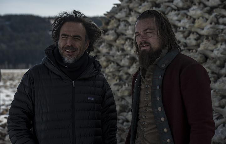 Alejandro González Iñárritu insieme a Leonardo diCaprio sul set di Revenant