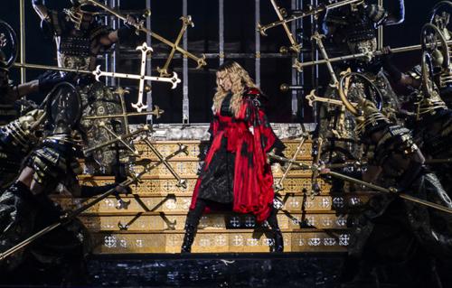 Madonna durante il suo Rebel Heart Tour