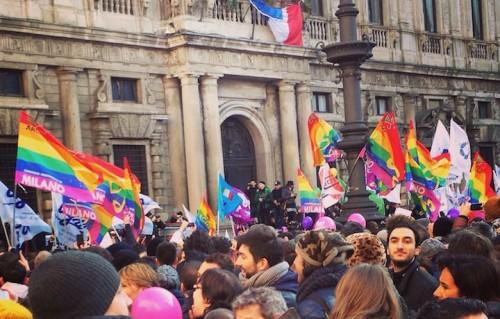 Foto dalla manifestazione del 23 gennaio 2016 di Milano a favore delle unioni civili per le coppie dello stesso sesso. Foto di Michele Bisceglia
