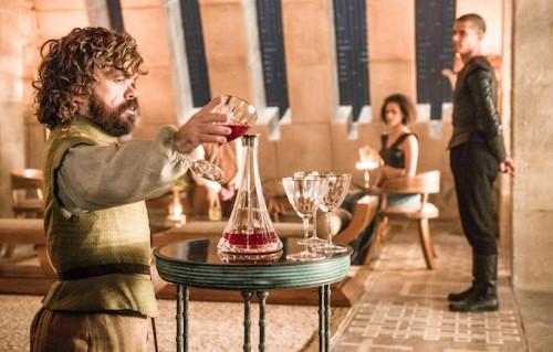 Tyrion Lannister in una foto della nuova stagione. Foto: Helen Sloan/HBO