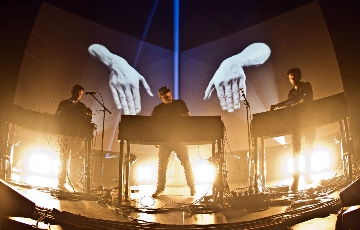 Moderat live alla Monkeytown Fest Tempodrom di Berlino, dicembre 2014 (Photo by Frank Hoensch/Redferns via Getty Images)