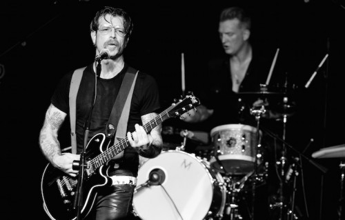 Jesse Hughes e Josh Homme in concerto a ottobre. Foto Kevin Winter/Getty Images