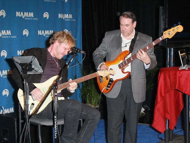 Mike Huckabee (a destra), foto Kyle Richards