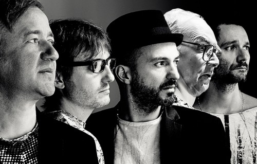 «Morricone non ha nessun bisogno di citare chicchesia», ha scritto Max Casacci. Foto: Giovanni Gastel. Elaborazione grafica: Rolling Stone Italia