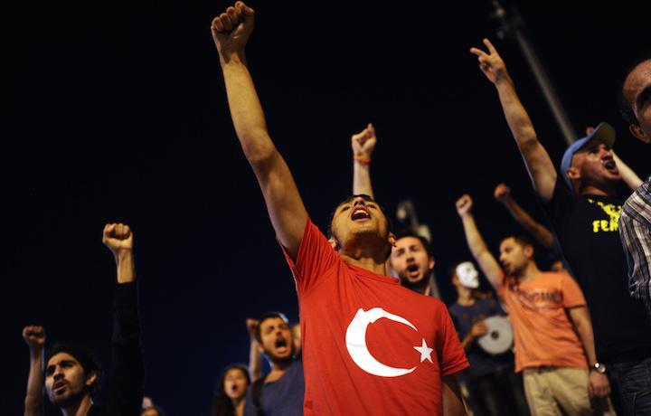 La protesta al Gezi Park di Taksim, Istanbul. Foto Bulent Kilic/AFP/Getty Images