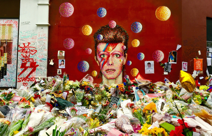 Il murales di Bowie a Brixton. Foto: frankieleon via Flickr