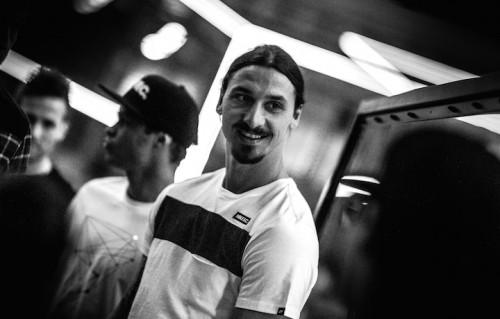 Zlatan vorrebbe sostituirsi al simbolo di Parigi