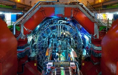 Un'immagine di ALICE, uno dei sistemi adibiti allo scontro di particelle al CERN. Crediti: CERN