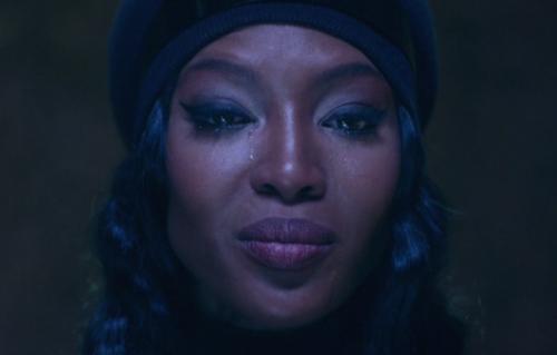 """Naomi Campbell nel singolo di Anohni """"Drone Bomb Me"""""""