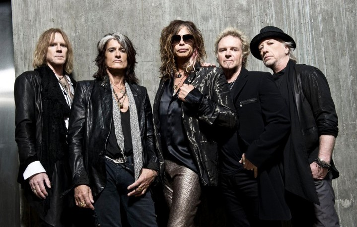 Gli Aerosmith, foto Facebook