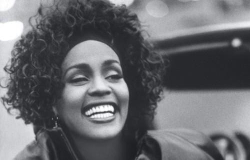 Whitney Houston è stata trovata morta nella stanza di un hotel a Beverly Hills l'11 febbraio 2012