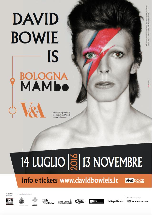 """La mostra """"David Bowie Is"""" dopo essere stata a Chicago, San Paolo, Toronto, Parigi, Berlino, Melbourne e Groningen, approderà dal 14 luglio a Bologna"""