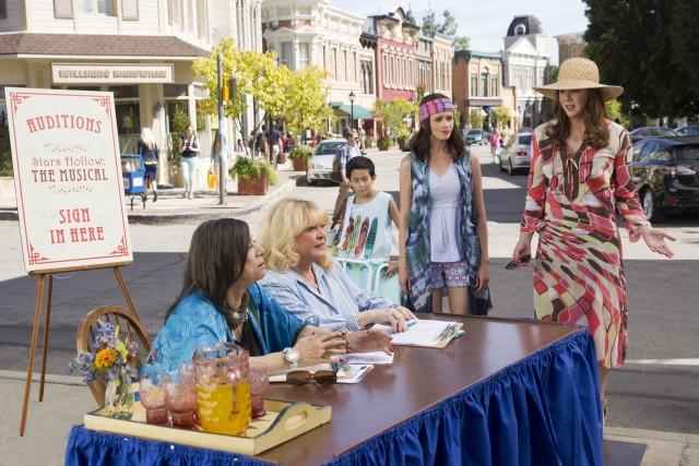 """I nuovi episodi di """"Una mamma per amica"""" sono in produzione dal 2 febbraio scorso"""