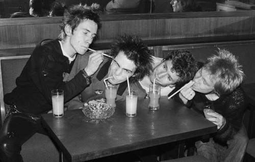I Sex Pistols nel 1977, foto Bob Gruen