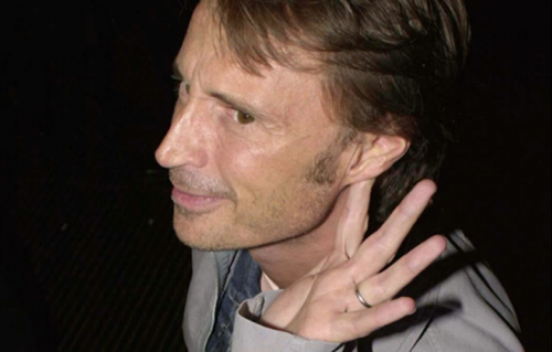 Robert Carlyle, 54 anni - Foto via Facebook