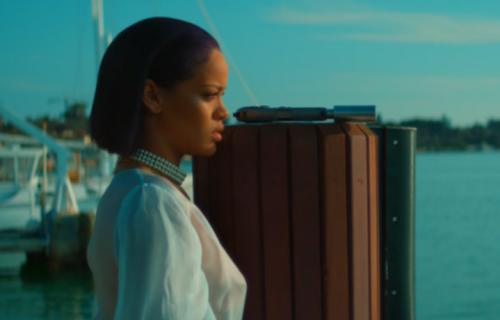 "Una scena da ""Needed Me"" di Rihanna"