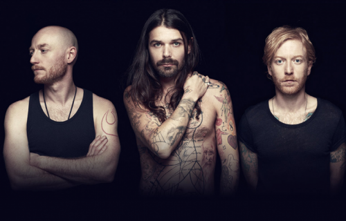 Gli scozzesi Biffy Clyro sono Simon Neil e James Johnston e Ben Johnston